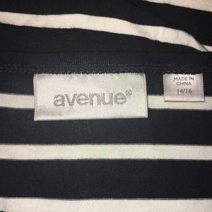 Avenue Tops - AVENUE tunic